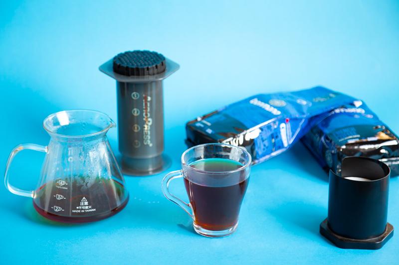 تهیه قهوه با ائروپرس